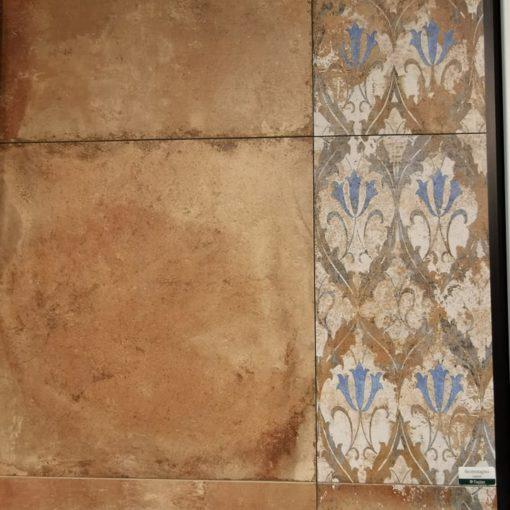 Vörös terrakotta lap mintás változattal