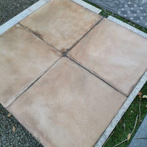 Rusztikus terrakotta padlólap